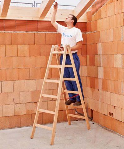 Стремянка деревянная с поперечинами 2x8 Z300 Zarges 40108