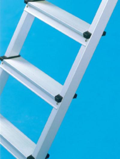 Стремянка с приклепанными ступенями 2x3 Z300 Zarges 42433