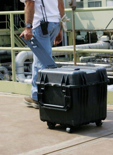Жесткий кейс Zarges Peli Case 46741 с пеноматериалом